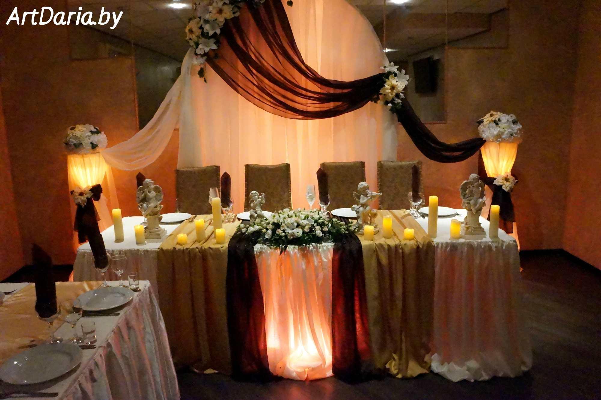 Украшение коричневого зала на свадьбу фото